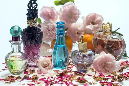 Parfumuri 18